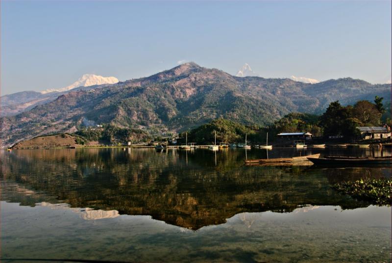 Morning at the Pkhara Lake