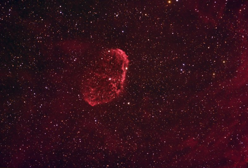 The Crescent Nebula - NGC 6888, C27, Sharpless 105 - 970pix version