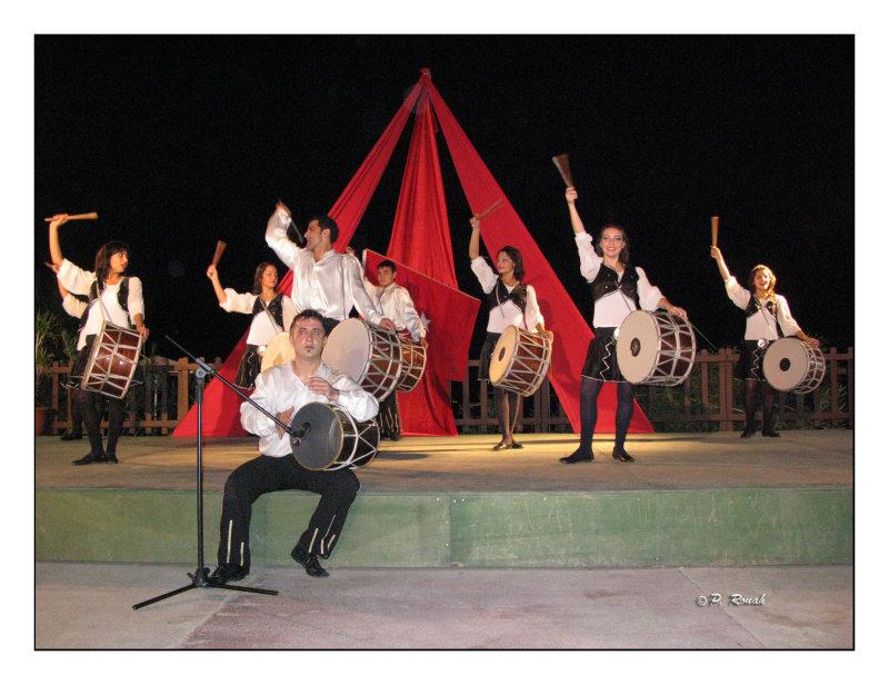 0569 - Danses traditionnelles