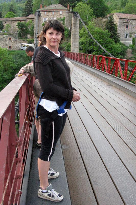 2527 - Nath sur le pont