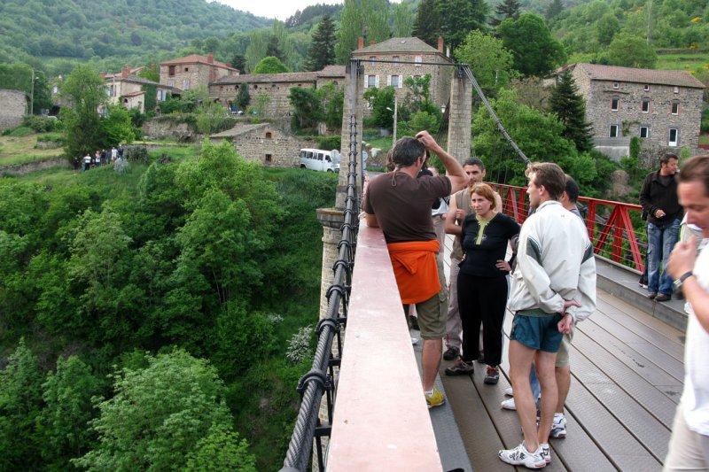 2537 - Sur le pont