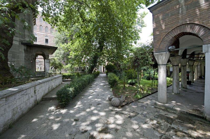 Istanbul june 2008 3202.jpg