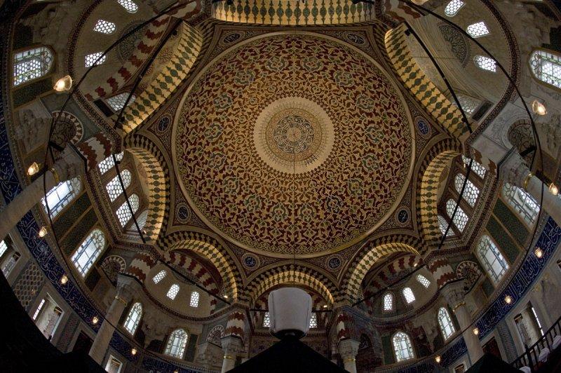 Istanbul december 2009 6715.jpg