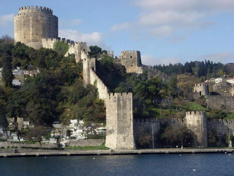 Istanbul  Rumelihisar along Bosporus 2003 12 10