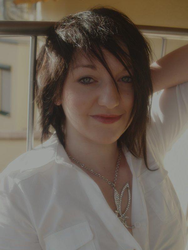 Jasmin Carefree