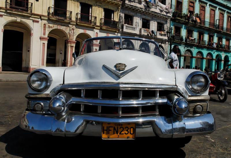 classic car in la havane