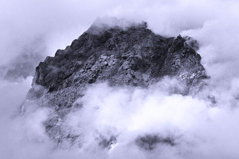 Peak through Clouds