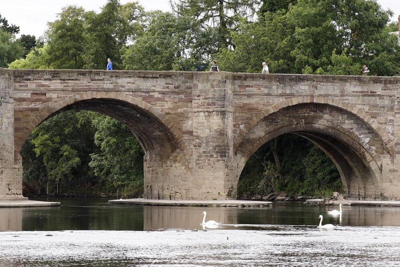 Hereford old bridge over the Wye