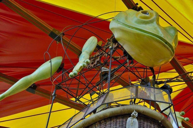 carousel #11