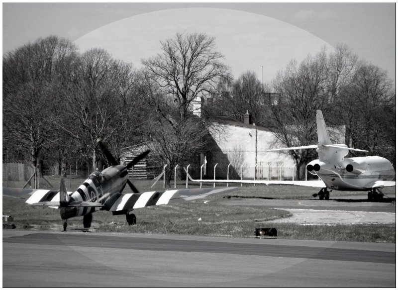 Spitfire  Jet Taxing for take off Biggin Hill.jpg