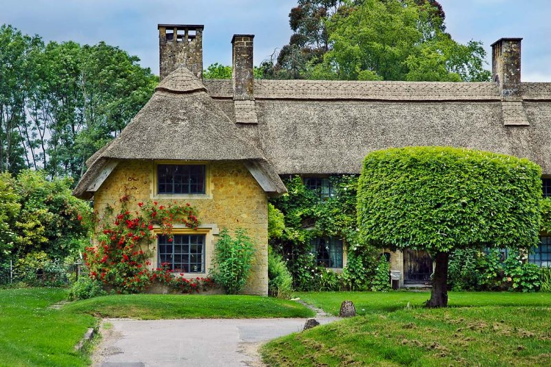 Thatched house, Barrington, Somerset