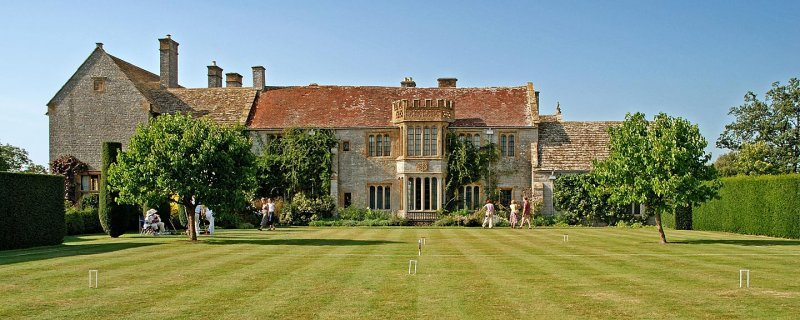 The croquet lawn, Lytes Cary Manor (3364)