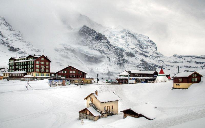 Snow at Kleine Scheidegg