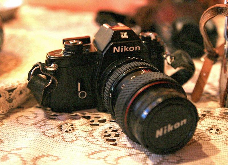 Moms Minty Nikon  EM  35mm SLR