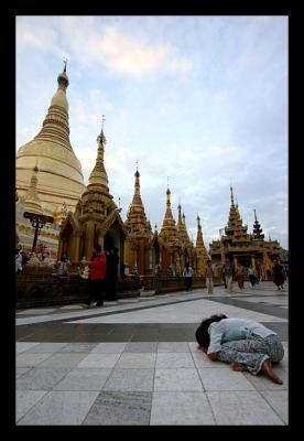 Praying at Shwedagon