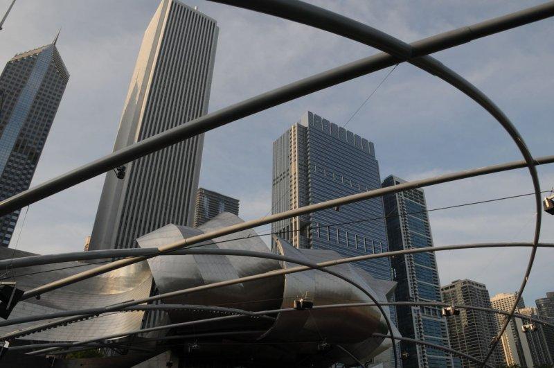 Jay Pritzker Pavilion, Chicago Skyline