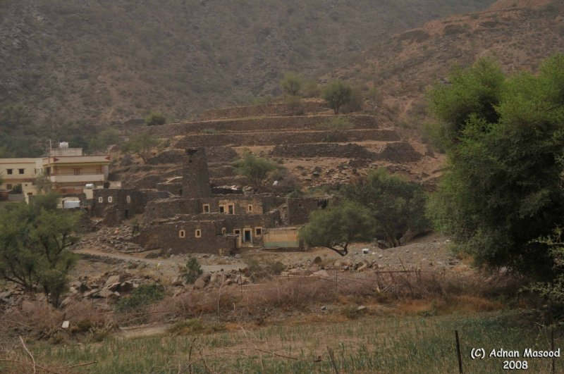 006-Old and new houses in valley.JPG
