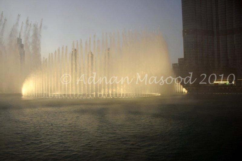 Dubai_021001.jpg.JPG