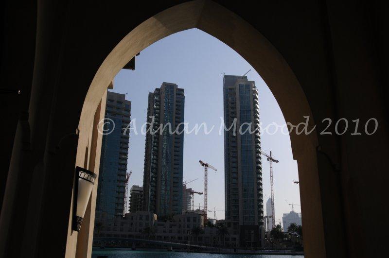 Dubai_021003.jpg.JPG