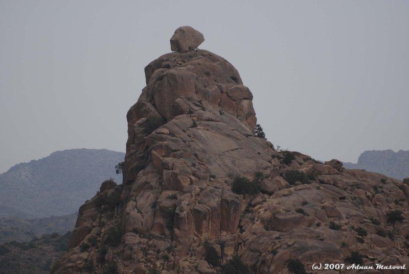 Rocks in Ghazzal Valley.JPG