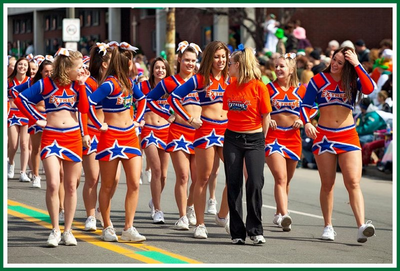 Extreme Teem Cheerleaders Do The St. Patricks Day Parade 2009