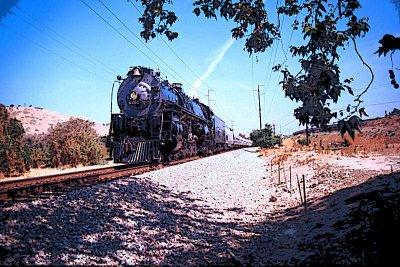 Santa Fe #3751 - Through the Orange Groves 2008