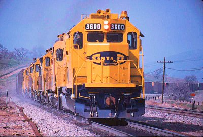 Santa Fe Blue and Yellow through Bealville