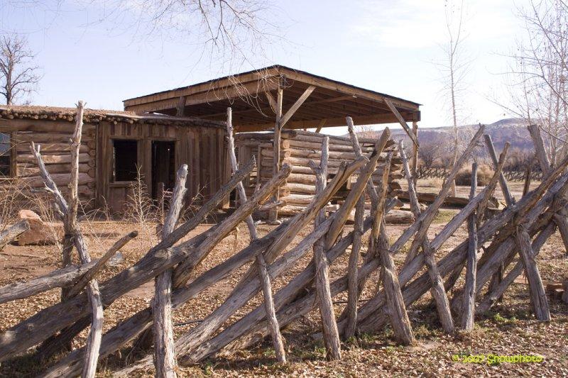 Barton Cabin 5 Bluff UT.jpg