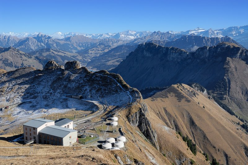 Rochers de Nayes, Train End Station