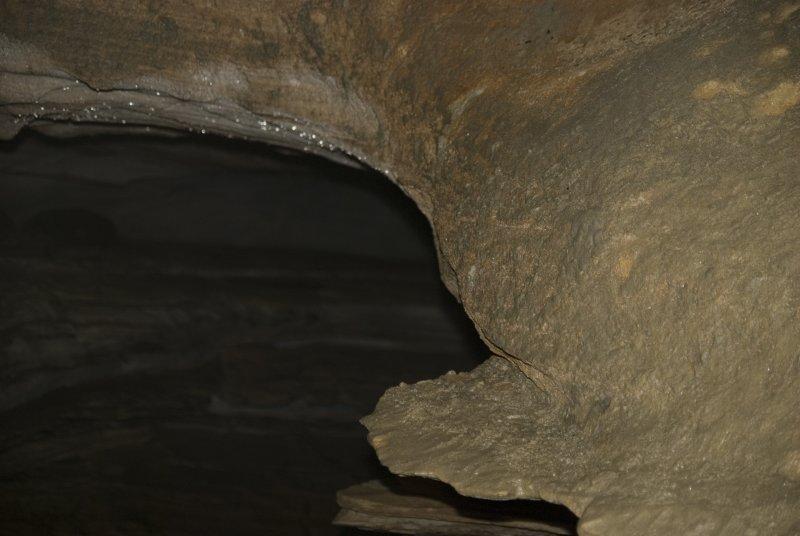 Grotte 33 - Formasjon.jpg