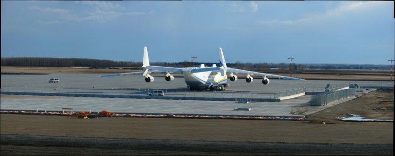 Antonov 225 Pano on the apron-10.jpg