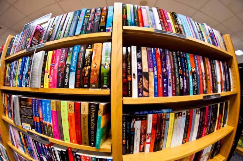 180 degrees of books