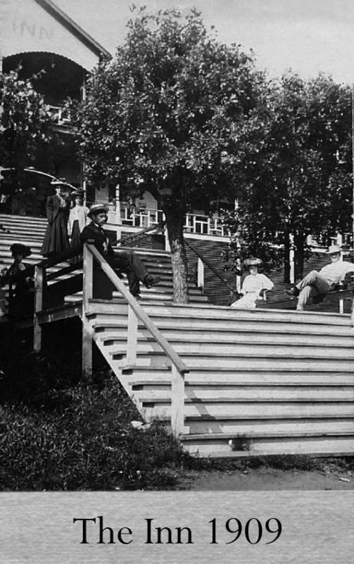 Inn Stairway 1909
