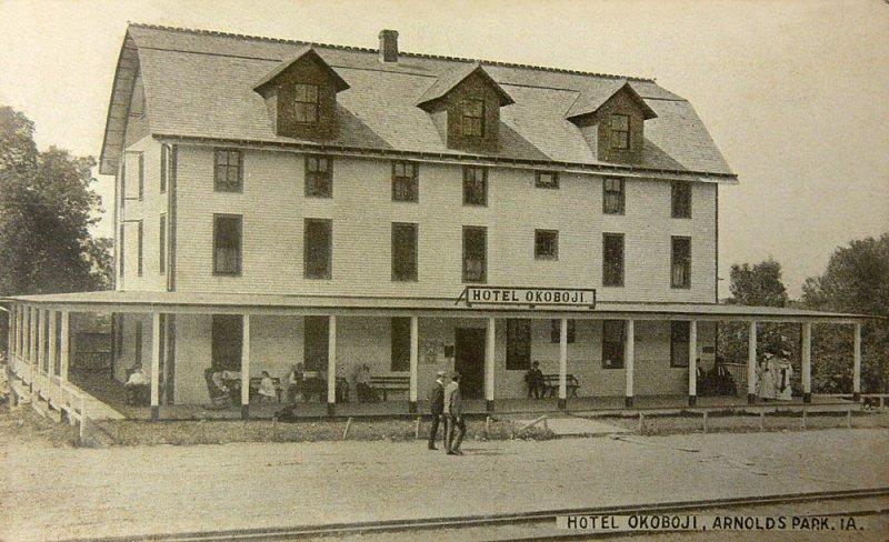 Hotel Okoboji