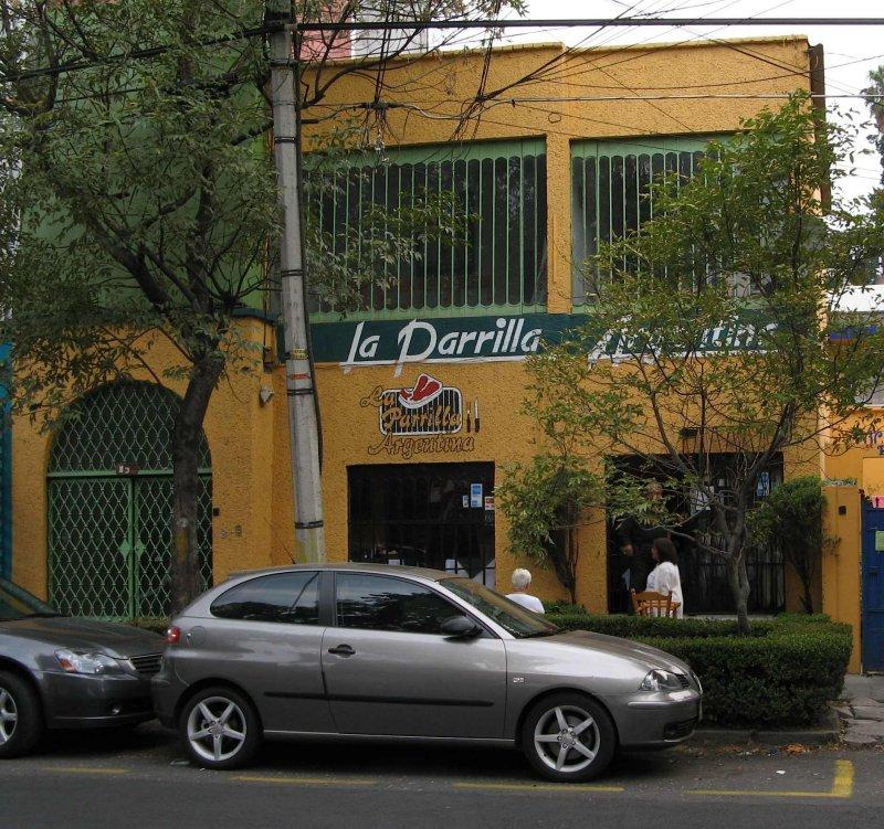 La Parrilla Argentina-A neighborhood steakhouse,  Colonia Roma