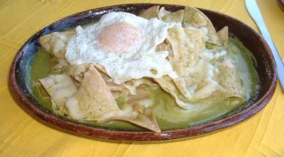chilaquiles_verdes-huevo.jpg