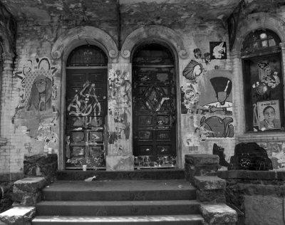 Casa La Fea, en Blanco y Negro. Av. Alvaro Obregon, Colonia Roma
