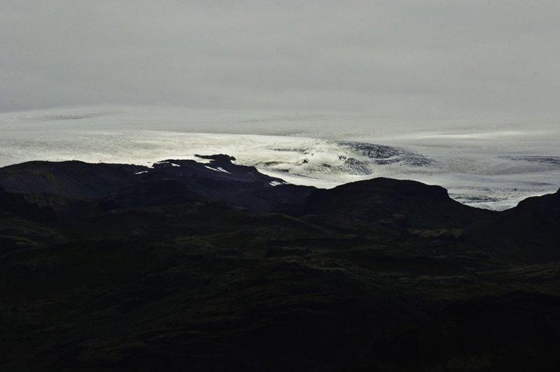 <B>Glacier Drama</B> <BR><FONT SIZE=2>Iceland - July 2009</FONT>