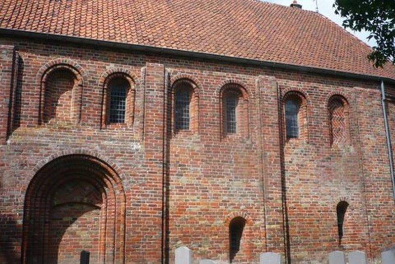 Hantumhuizen, prot gem st Annakerk 11.jpg
