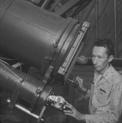 Burnham at the Pluto astrograph scope--photo used on the plaque