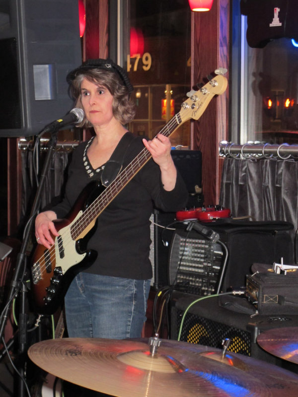 Heidi plays the Bass