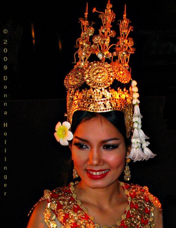 Sok Povan as an Apsara as Serene Goddess
