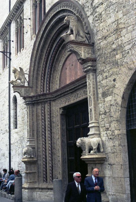 Doorway, Perugia