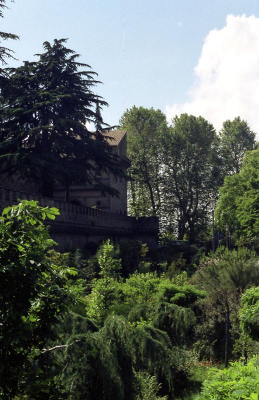Grottaferrata outside the wall