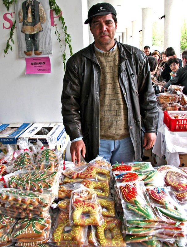 Gingerbread Cookie Vendor