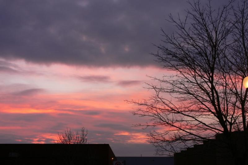 Sunrise December 06 2005 - A frosty morning...