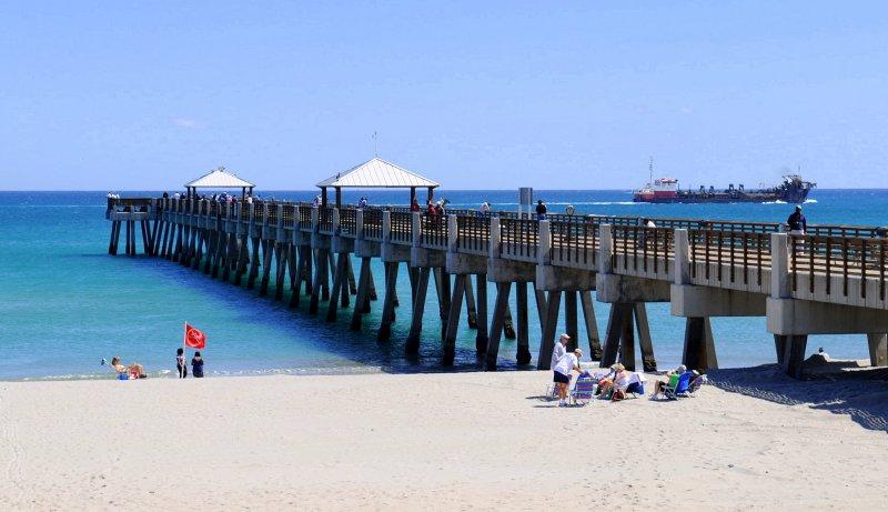 Juno Pier, Florida