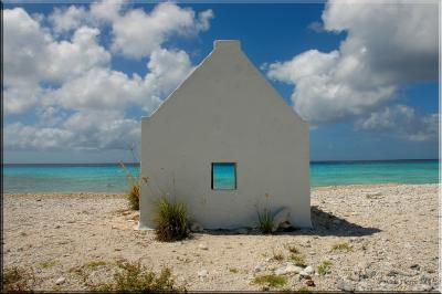 white slave hut and the caribbean