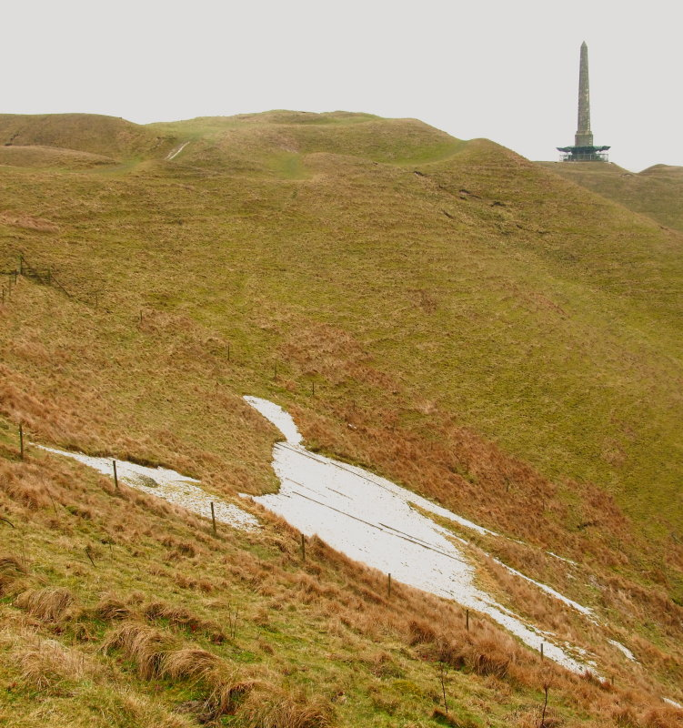Cherhill  White  Horse, Oldbury  ramparts  and  the  Monument.
