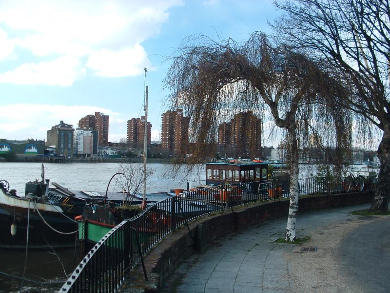 House boats moored by Battersea Church